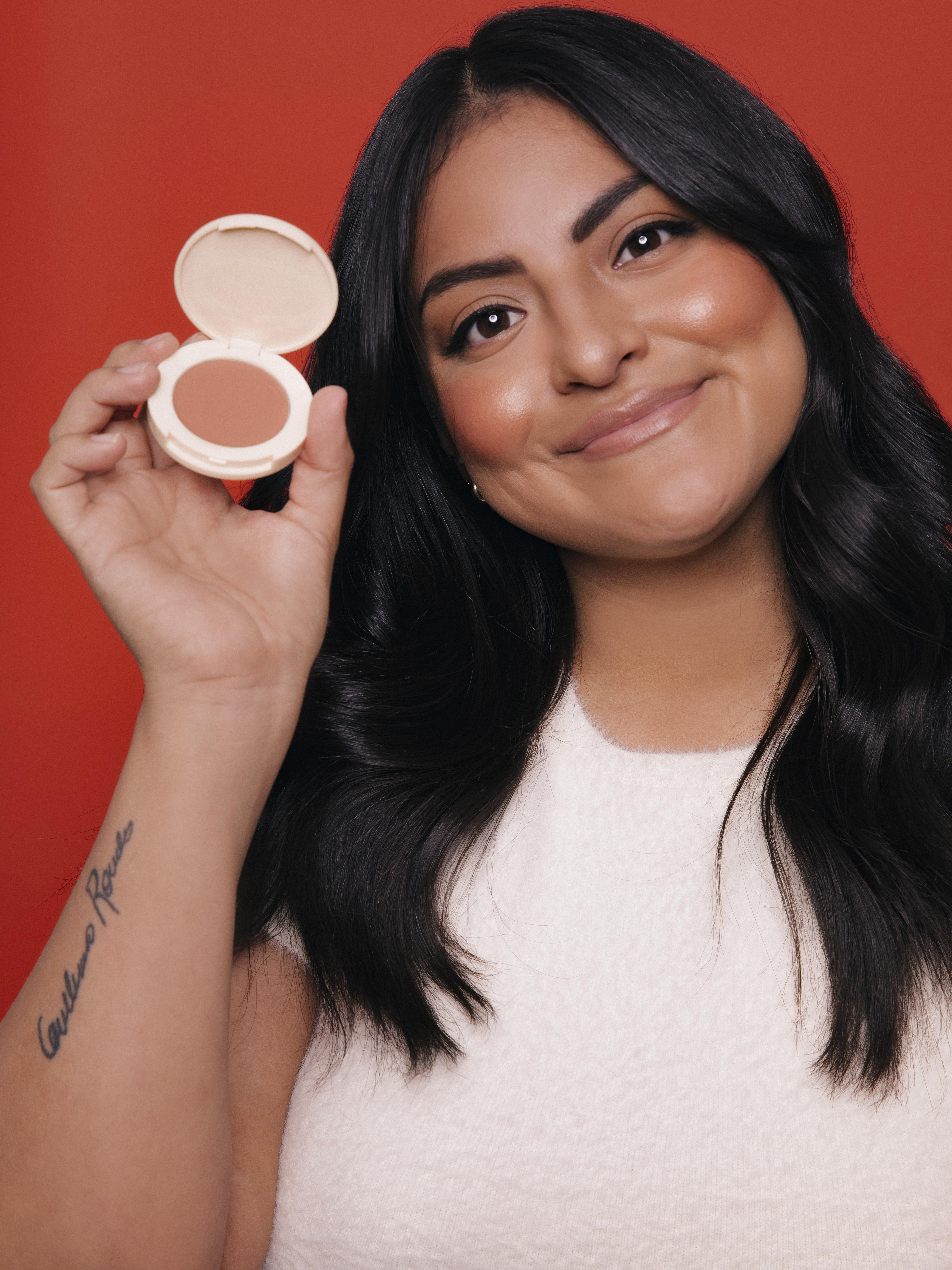 Jamie Makeup Blighlighter Campaign